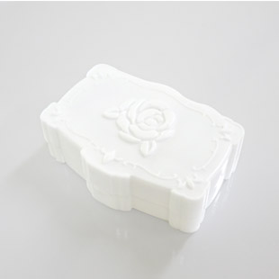 Annasui White Contact Lens Case / 1528